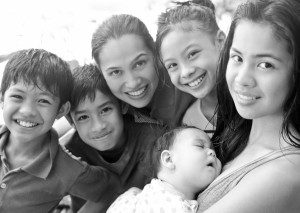 Mommy Maricel and the family